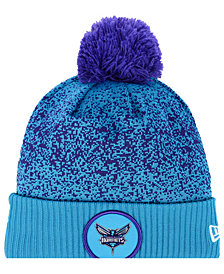 New Era Charlotte Hornets On-Court Collection Pom Knit Hat