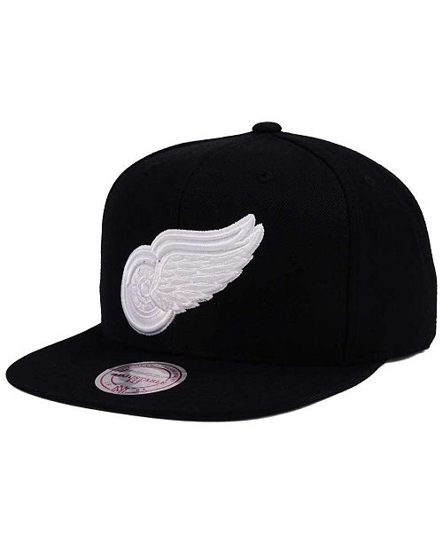 798065e4a4941 ... discount code for mitchell ness. detroit red wings respect snapback cap.  be the first