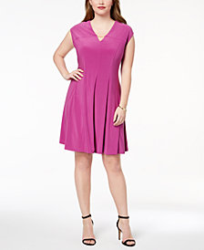 Love Scarlett Plus Size Pleated Hardware Dress