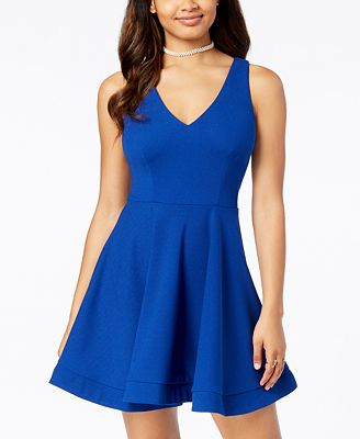 B Darlin Juniors' Bow-Back Fit & Flare Dress with Stand-Up Hem