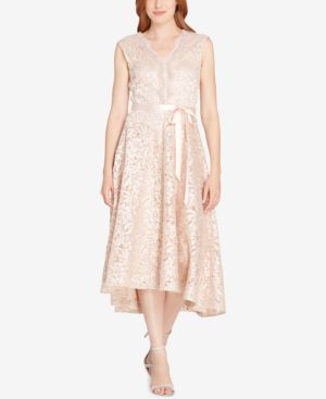 SCALLOPED EMBROIDERED LACE DRESS