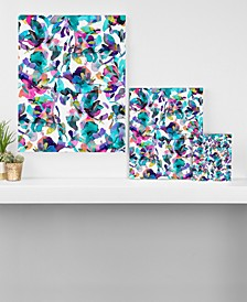 Ninola Design Aquatic Flowers Canvas Collection