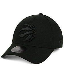 New Era Toronto Raptors Blackout 39THIRTY Cap