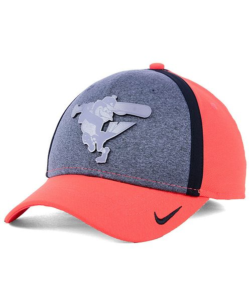 Nike Baltimore Orioles Team Color Reflective Swooshflex Cap