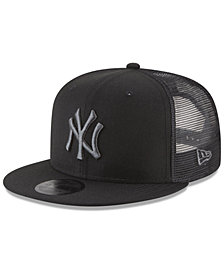 New Era New York Yankees Blackout Mesh 9FIFTY Snapback Cap