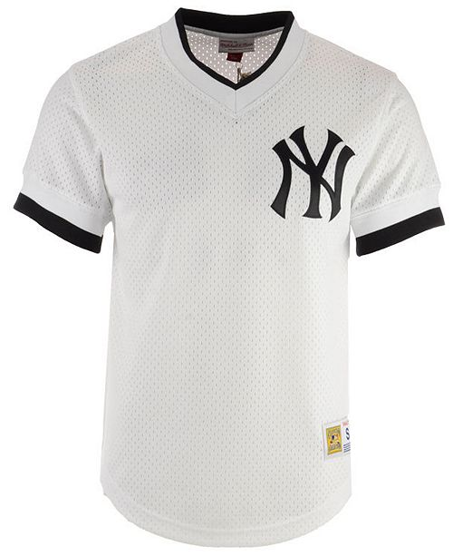 best website feac9 556ae Mitchell & Ness Men's New York Yankees Mesh V-Neck Jersey ...