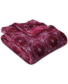 """Berkshire VelvetLoft Dot Mandala 60"""" x 90"""" Bed Blanket"""