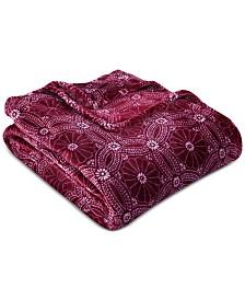 """Berkshire VelvetLoft Dot Mandala 108"""" x 90"""" Bed Blanket"""