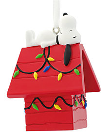 Hallmark Snoopy on Doghouse Ornament