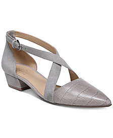 Naturalizer Blakely Pumps