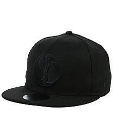 New Era Dallas Mavericks Blackout 59FIFTY Fitted Cap